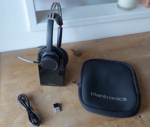 Plantronics Voyaher Focus UC test on mag 4