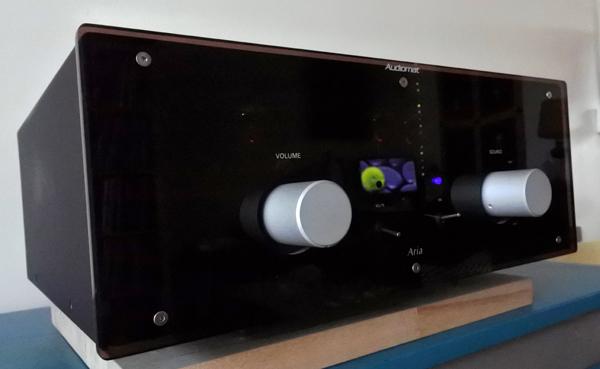 test ampli int gr audiomat aria au bonheur des tubes et. Black Bedroom Furniture Sets. Home Design Ideas