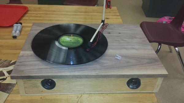 diy fabriquer sa propre platine vinyle pour 30 on mag. Black Bedroom Furniture Sets. Home Design Ideas