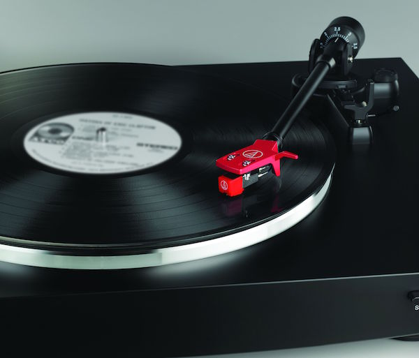 Audio technica AT LP3 BK 2 red cart