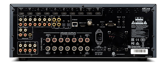 Arcam FMJ AVR390 connectique