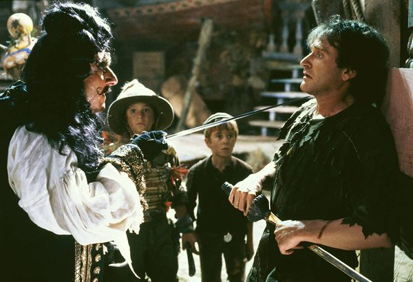 Hook, ou la revanche du Capitaine Crochet 4K : une adaptation distrayante mais sans conviction (en UHD et Blu-ray)