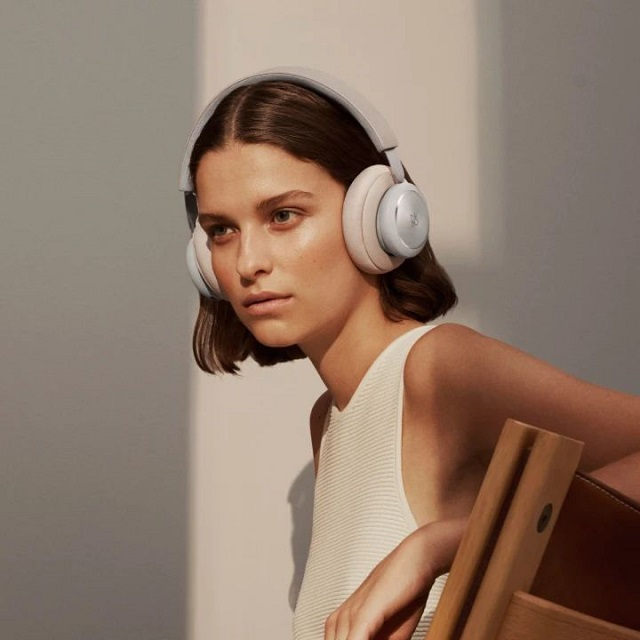 Bang And Olufsen Beoplay H4 news ONmag02