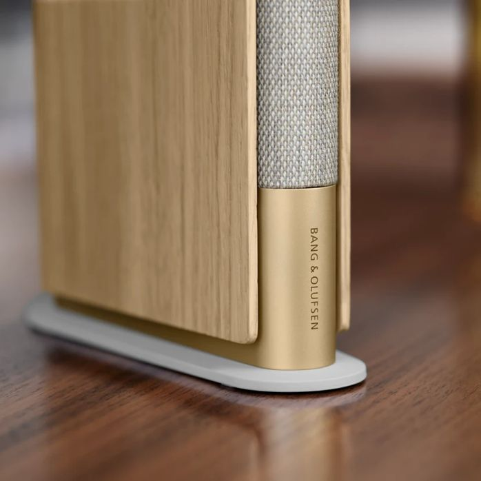 Bang and Olufsen Beosound Emerge 02